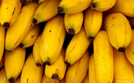 Banana-Wallpaper-High-Res-Image-65435